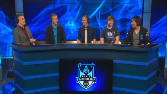 The LoL Season 3 championship analyst desk.